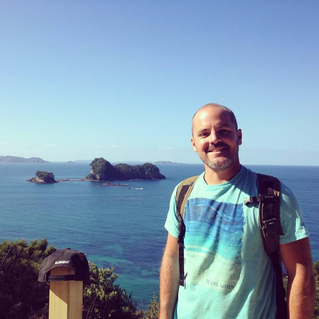 Camino a Raglán! César Silveyra en Nueva Zelanda. #maetuanis #surf #surfing #newzealand #raglan #belikewater
