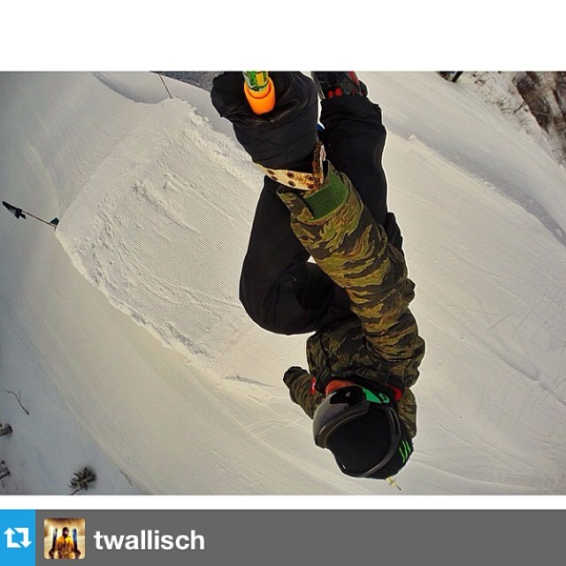 Sundays from @twallisch 's POV -> #goshred ---- #Repost from @twallisch