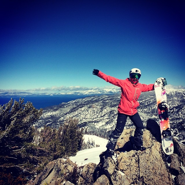 On top of the world today! Thanks @danehenrydigital and Abe Greenspan for a beautiful day! #powpow @neversummerindustries @oakleysnowboarding @dakine #oakleynorcal @kirkwoodmtn #epicteam @avalon7 @stcrossfit @epicbar. Photo: @tahoelabboards