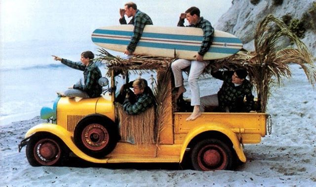 Monday evening vibes.  @japhysurfco #japhysurfco #beachbum #inspiration #classic #retro #menswear #surf #surfing #safari #beachboys #roadtrip #CA #swimwear  Live #BurntandBarefoot