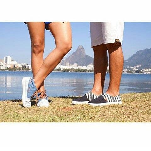 Juntos a la par #perkyshoesar  #docksider #slider #sneakers