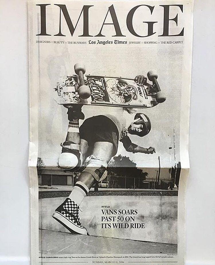 Tapa de LA Times del domingo. Mañana cumplimos 50 años Off The Wall. Aguante todo