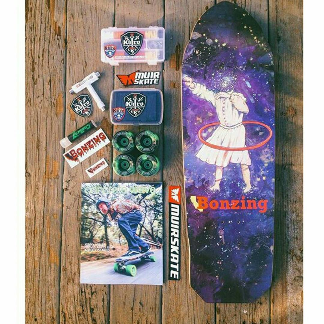 Check out this sick setup @jordan_hurley19 got from @muirskate!  #bonzing #muirskate
