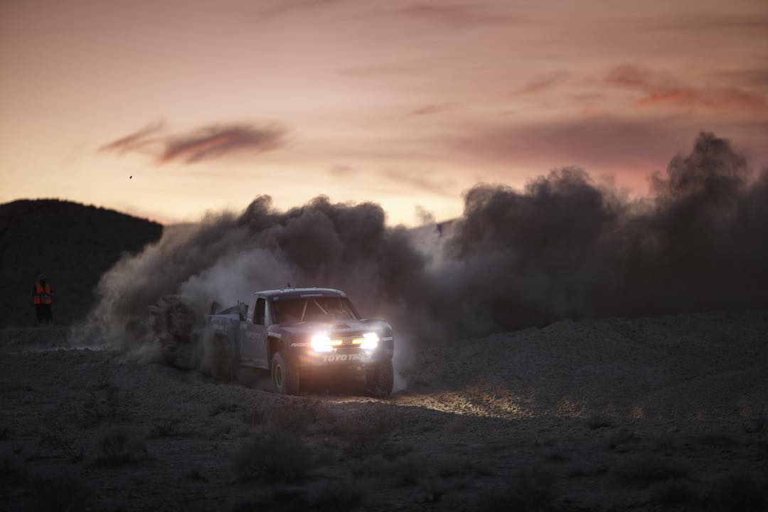 One more from the #Mint400. Feat. @bjbaldwin. ____ Photo by: @larry_chen_foto