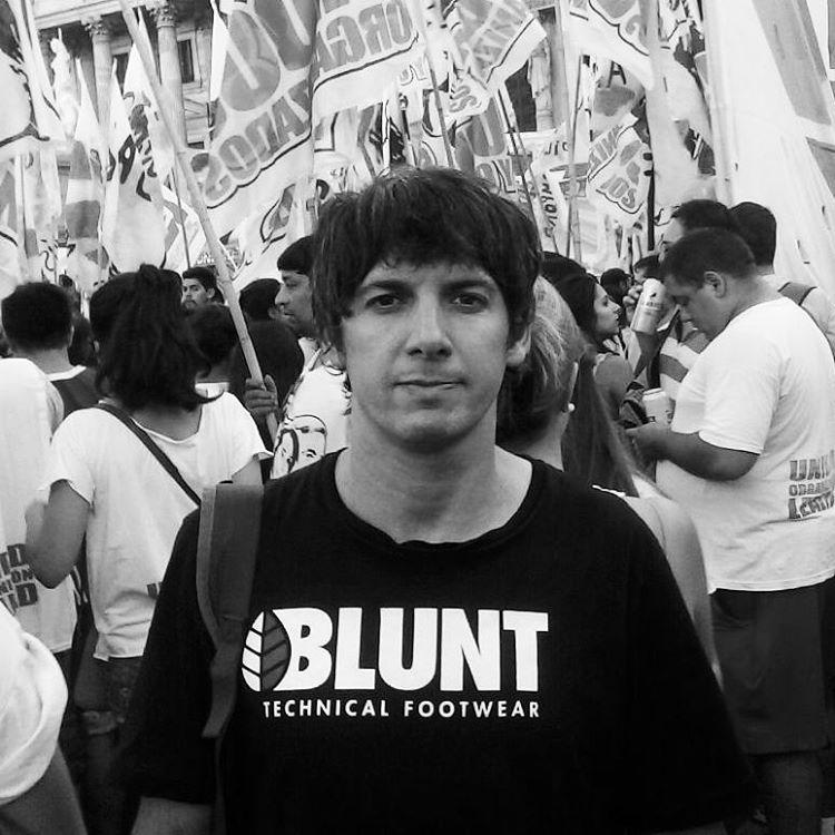 Feliz cumple #ignaciomaqui siempre junto al pueblo, querido!! HLVS #fuerabuitres