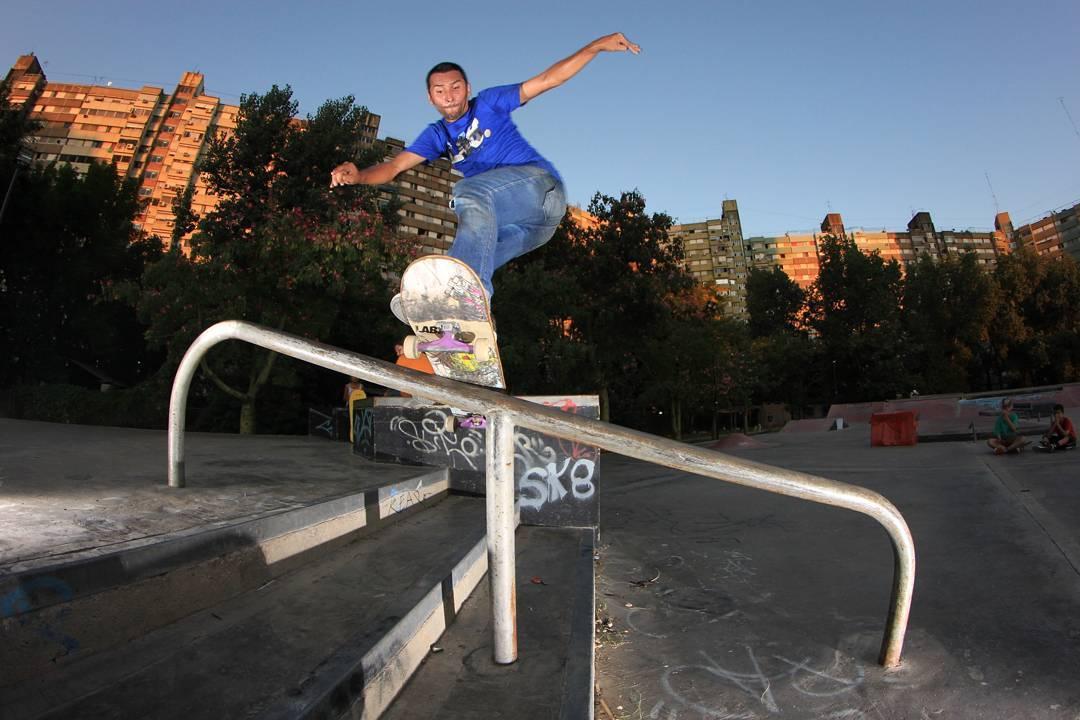Sw fs Bores de Daniel Marquez en Lugano skate plaza