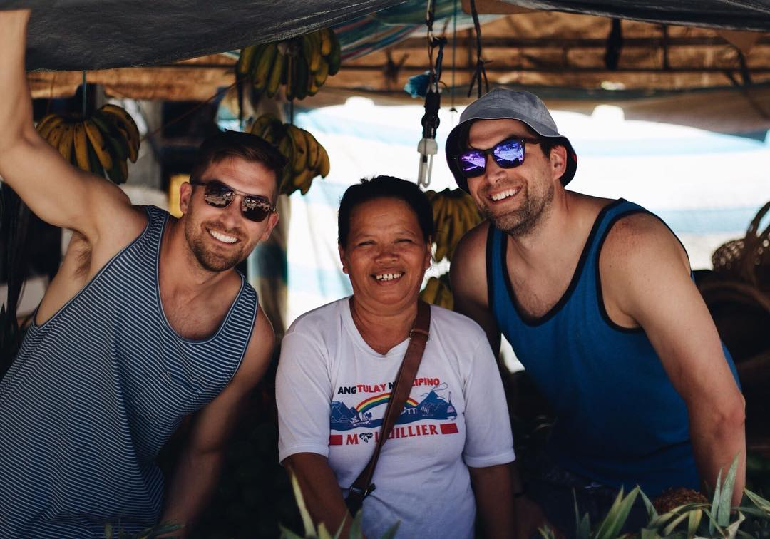 February 9th, making friends with the locals - Oslob, Cebu #ThePhilippinesProject