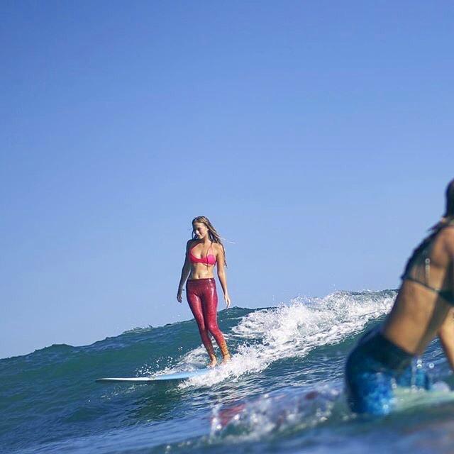 FREE SURFING  #repost @_sophhhhhh_ @_okiino_