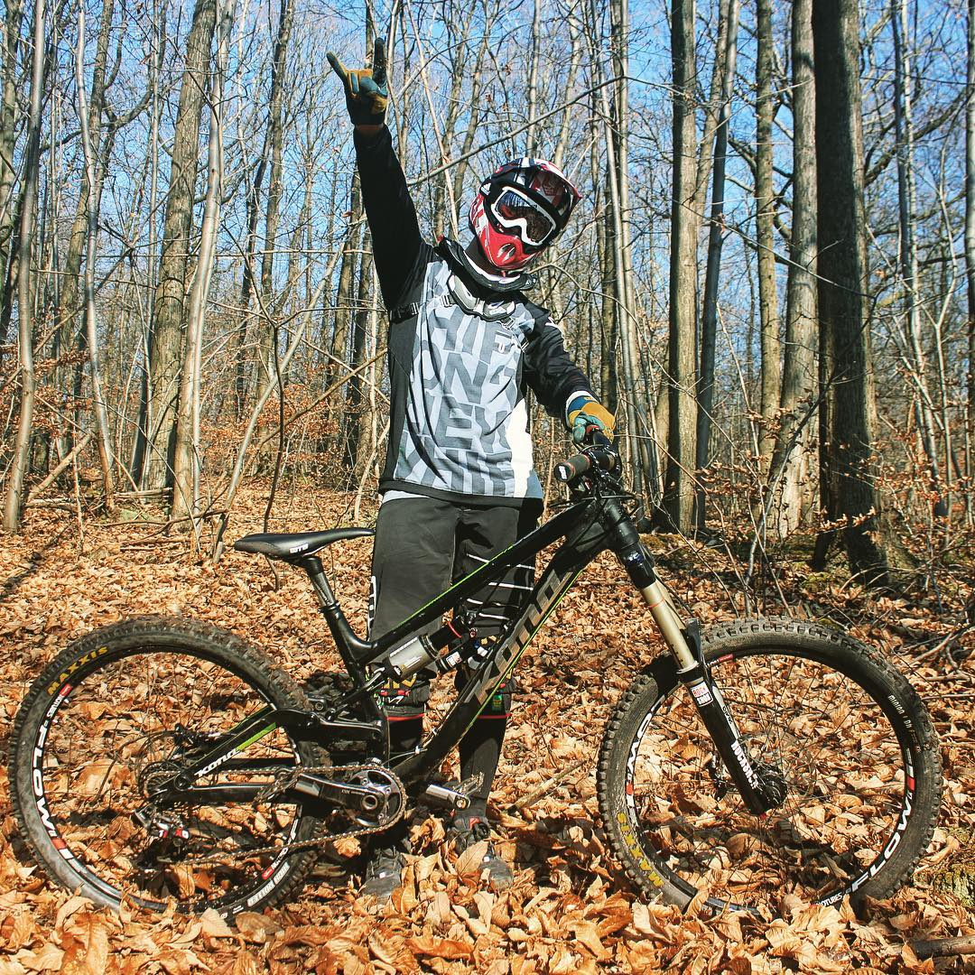 @antoinebizet getting stoked in the woods!