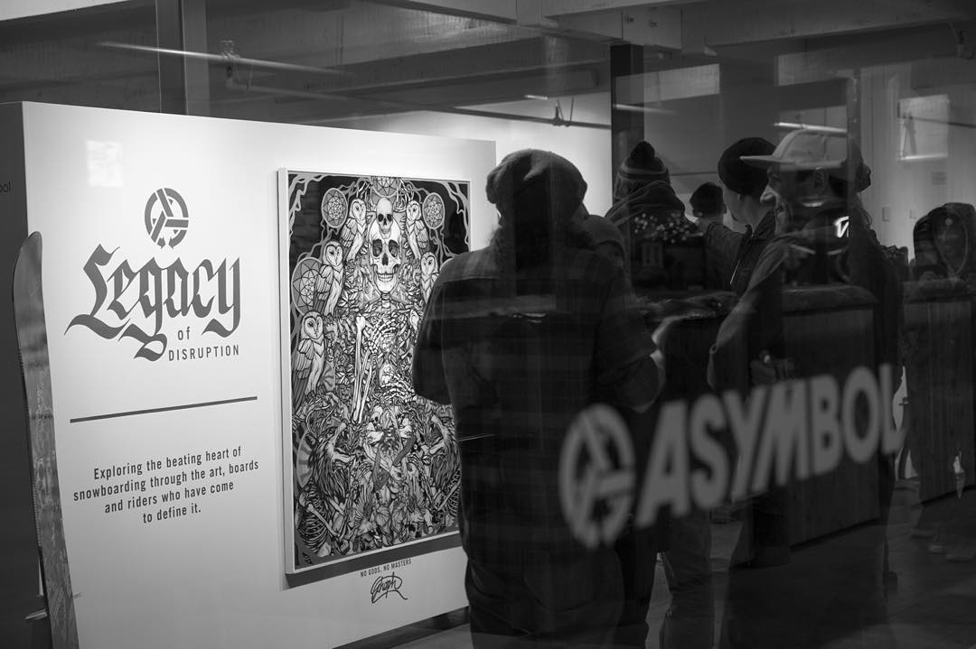 If you are in Jackson, you have to see the Legacy of Destruction exhibit at Asymbol. Dragon art ambassador @_schoph_  has new pieces live and other crew like @jamiemlynn and @bryaniguchi have installations as well. The show goes through April 2 so...