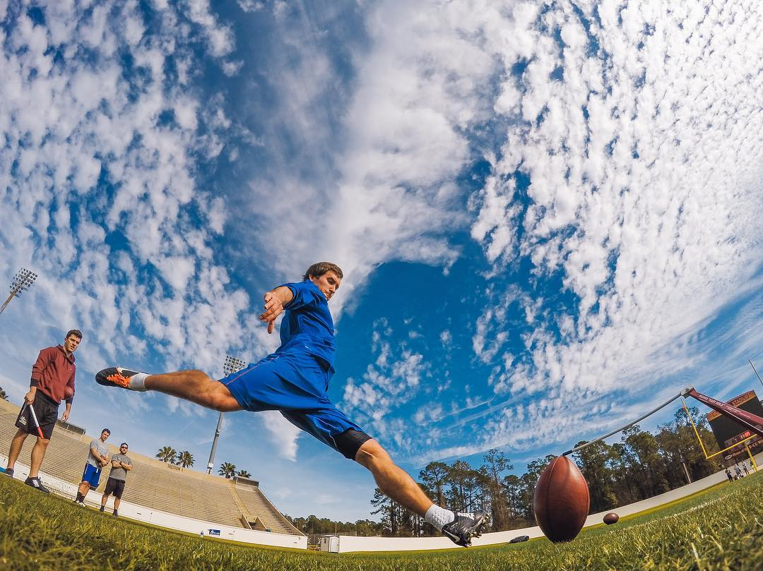 Photo of the Day! No off-days for #NFL kickers! Caleb Sturgis of the #Eagles gets that work in while #Chiefs kicker Cairo Santos looks on. Image via @OneOnOneKicking. On your grind? Show us how you train and share with us via link in our bio. #GoPro...