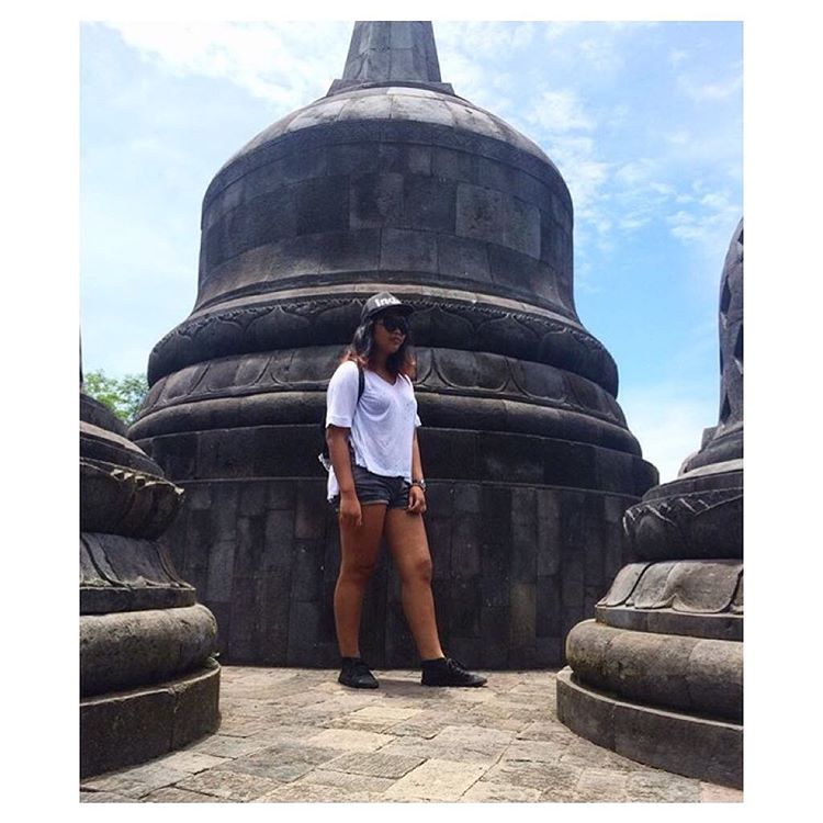 @queen_savitri exploring Indonesia #regram #IndoHat #KotaHighTop #Indosole #TiresToSoles #SolesWithSoul