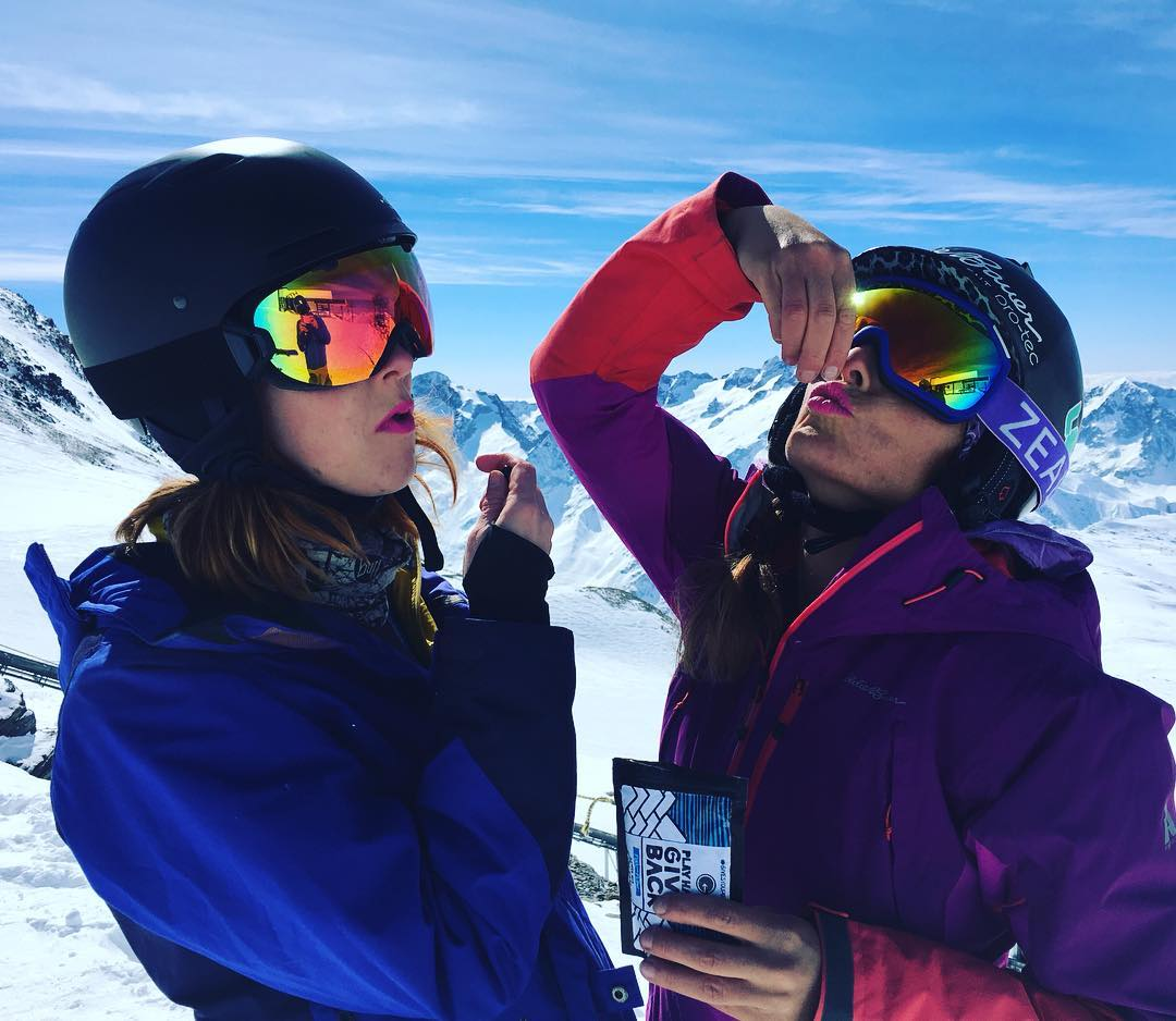 Athletes across the world making a difference by munching on PHGB goodies! #snackwithpurpose #frenchalps