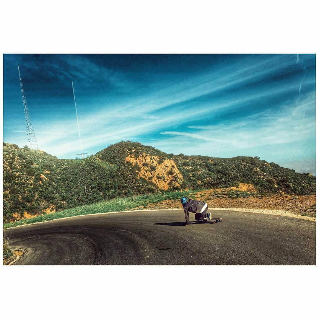@stevenvera.a turning left amongst an epic Santa Gnarbara landscape.⚡️