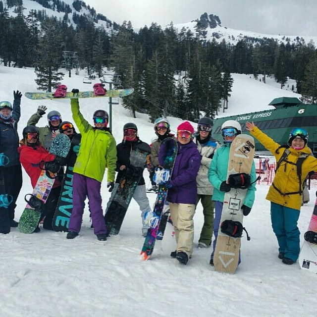 Day 2 of the #womensfreeride_camp at Kirkwood! Yesterday went off and today we have a few more ladies joining in the fun, it should be another incredible day! @dakine @oakleysnowboarding #oakleynorcal #kirkwood @kirkwoodmtn #psiaaasiwest