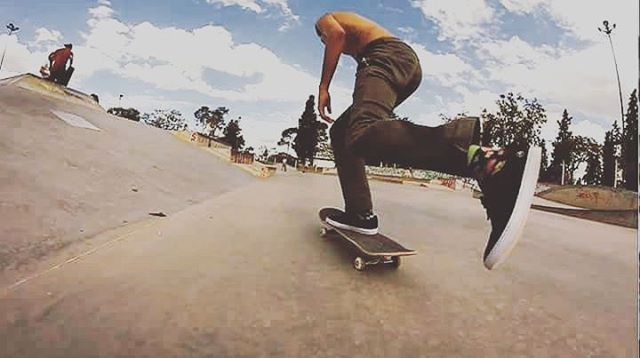 #skateboarding un estilo de vida @nicolas_hernandez_  #gotcha