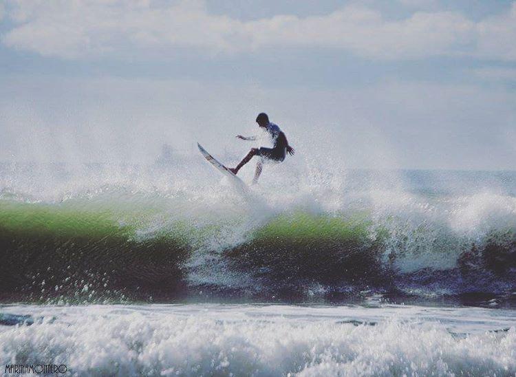 Frann Fulton #gotcha #surfing #iconsneverdie ph: Marina Montero