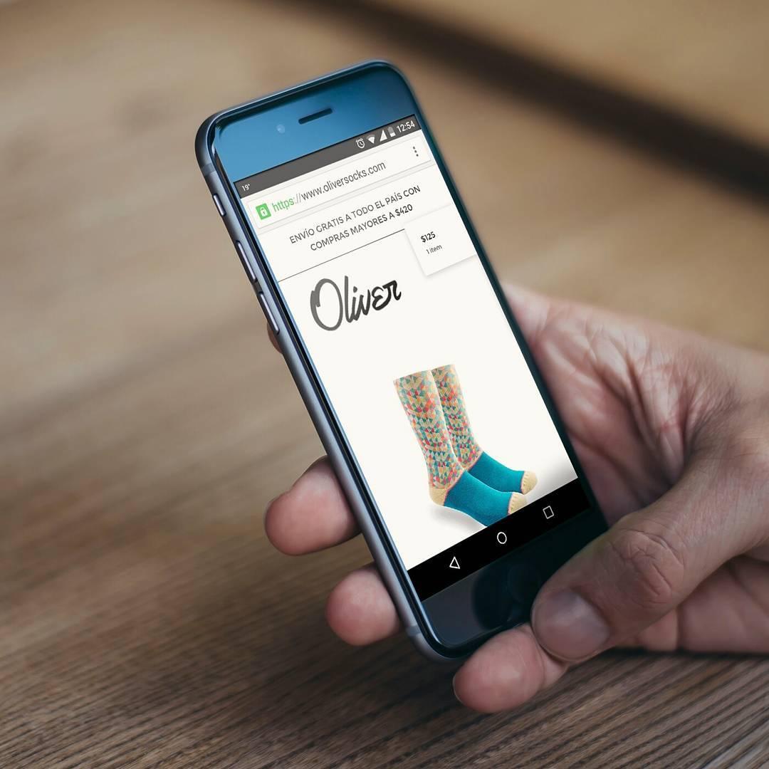 ¿Sabías que podés navegar nuestro sitio web desde tu celular o tablet y adquirir todos los modelos de medias de forma segura?  Ingresá ahora y compartí la noticia con tus amigos ---> https://www.oliversocks.com #OliverSocks #Oliver #Medias...