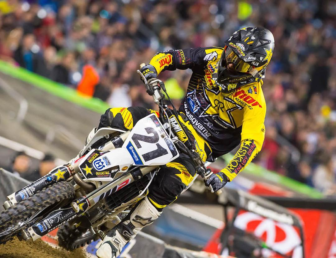 Over the weekend @elhombre_21 clinched his 2nd win on the AMA Supercross season and catapulted into 3rd on the overall year.  #weareframeless