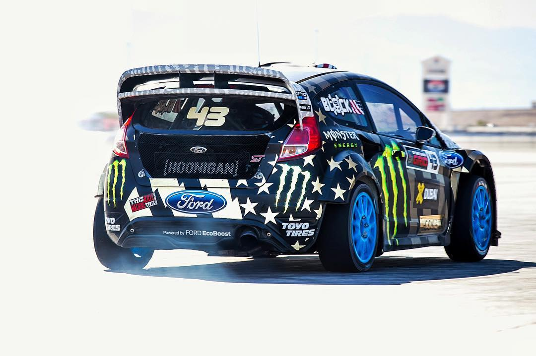 Stoked to see the #GymkhanaEIGHT livery back in action, here at me and @AndreasBakkerud's testing session to get more seat time in the Ford Fiesta #RX43. Reflective livery popping strong out here in the Vegas sun. #FordFiesta #reflectorrific