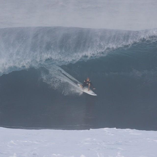 """""""Para mi el surf es todo en mi vida, es lo que respiro y pienso en casi cada momento del día"""".Lele Usuna #soul #surfing #waves #reefargentina"""