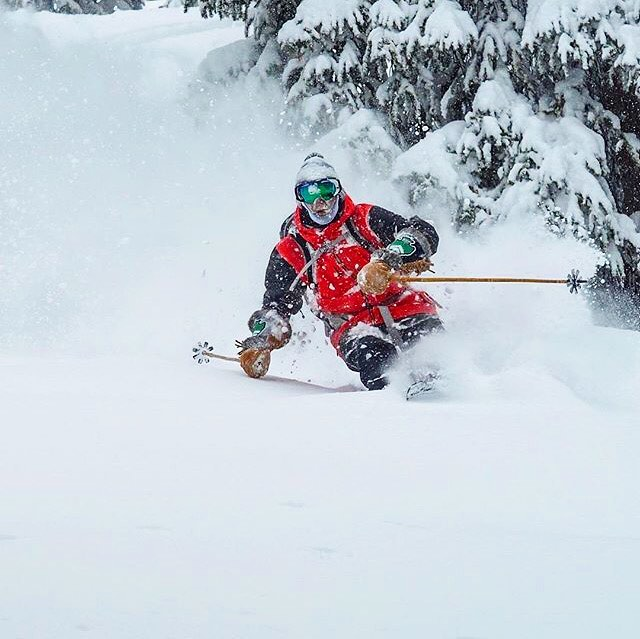 As a thank you to the Snow Gods for all this white fluffy stuff, we will repost this pic of @abenaquista slashing the crap out of it. Photo by @r.gallagher.photo #MHMgear #PacksElevated