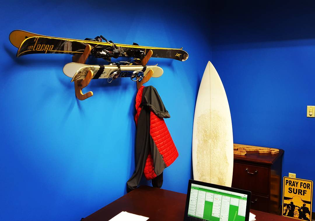 The perfect office to get you through hump day.  #humpday #wednesday #work #office #ski #skier #skirack #surf #surfer #surfrack #bamboo #grassracks #maholla #home #skihouse #skiart #spring #skis #surfboard
