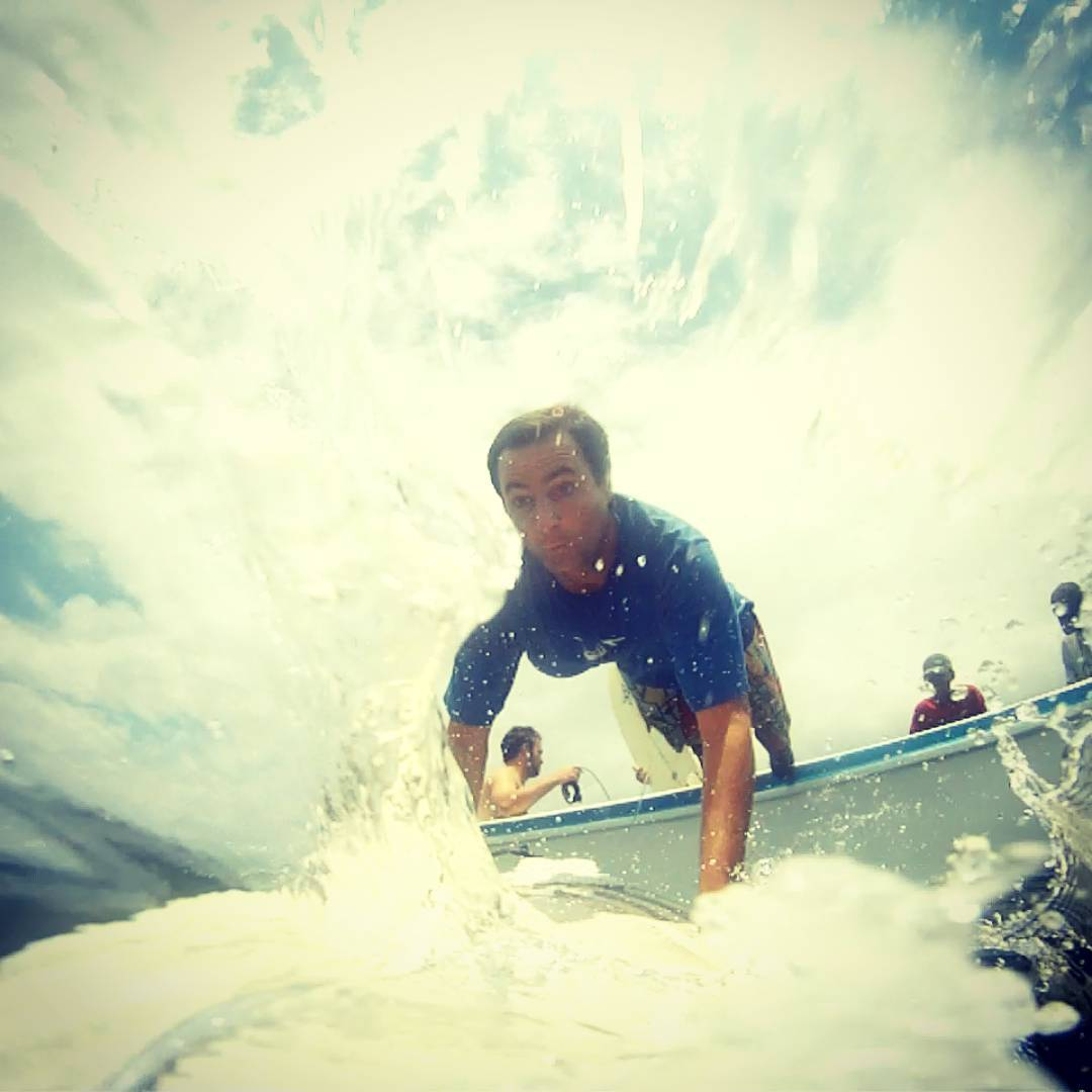 Live in the moment !! Recuerdos, de nuestro viaje por G-Land, Indonesia. #maetuanis #surf #surfing #grajagan #gland #g-land #java #indonesia #powerofnow