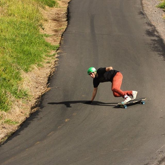A throwback to @seanwoolery1 hitting a righty in Hawaii on the Keystone. #dbkeystone #dblongboards #downhillskateboarding