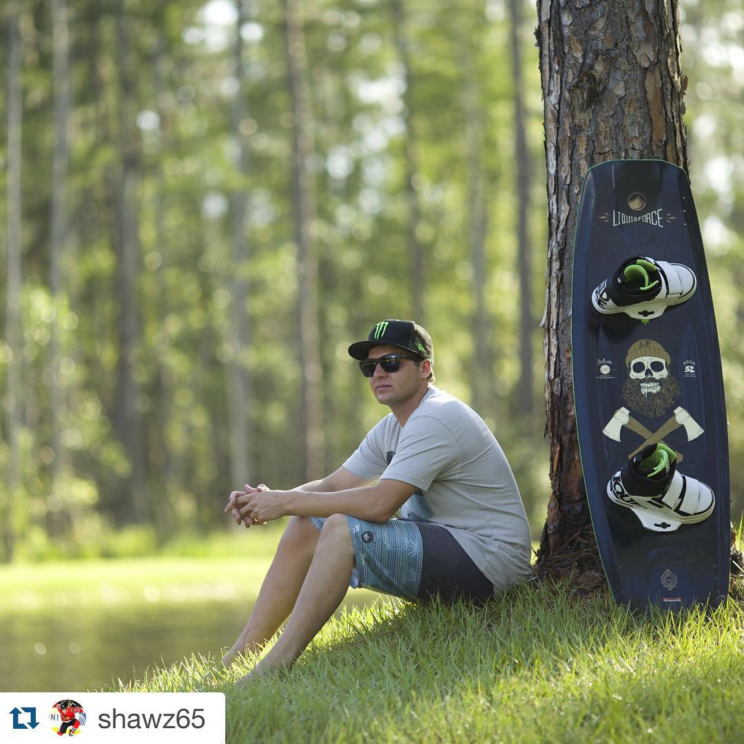 #Repost @shawz65 ・・・ @liquidforcewake wants to hook you up with some new gear! Enter code: ShawSavesYou$ for 25% off clothing at LiquidForceApparel.com  #Deluxe