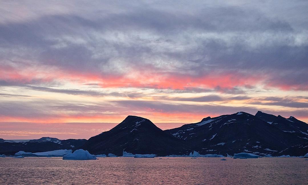 Pastel sky in #Greenland from #ASCScat adventurer @mikelibecki.