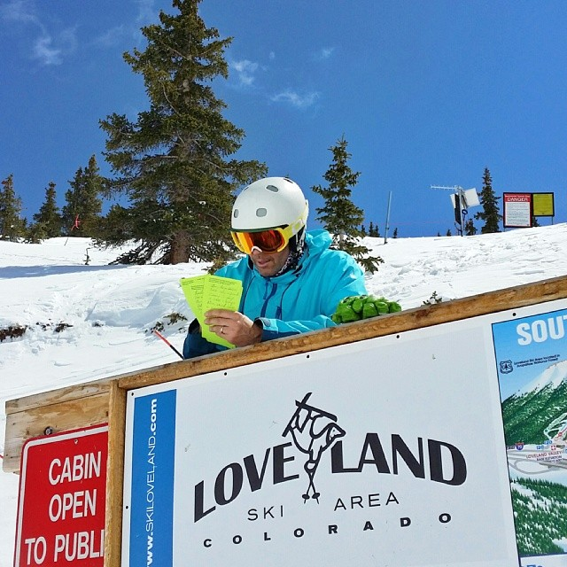 @skiingmagazine editor @sambass writing some #ski reviews on a perfect test day @lovelandskiarea. #toughlife  #goodtimes #focus