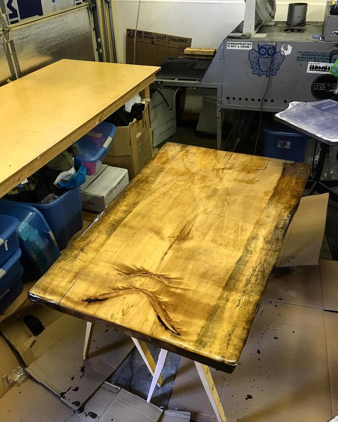 Sometimes personal projects happen in the shop. We finished early today, so I got some time to work on a dining room table for my home. This table is definitely nature inspired, just like our designs. #riseshop #woodworking #diningtable #bookmatch...