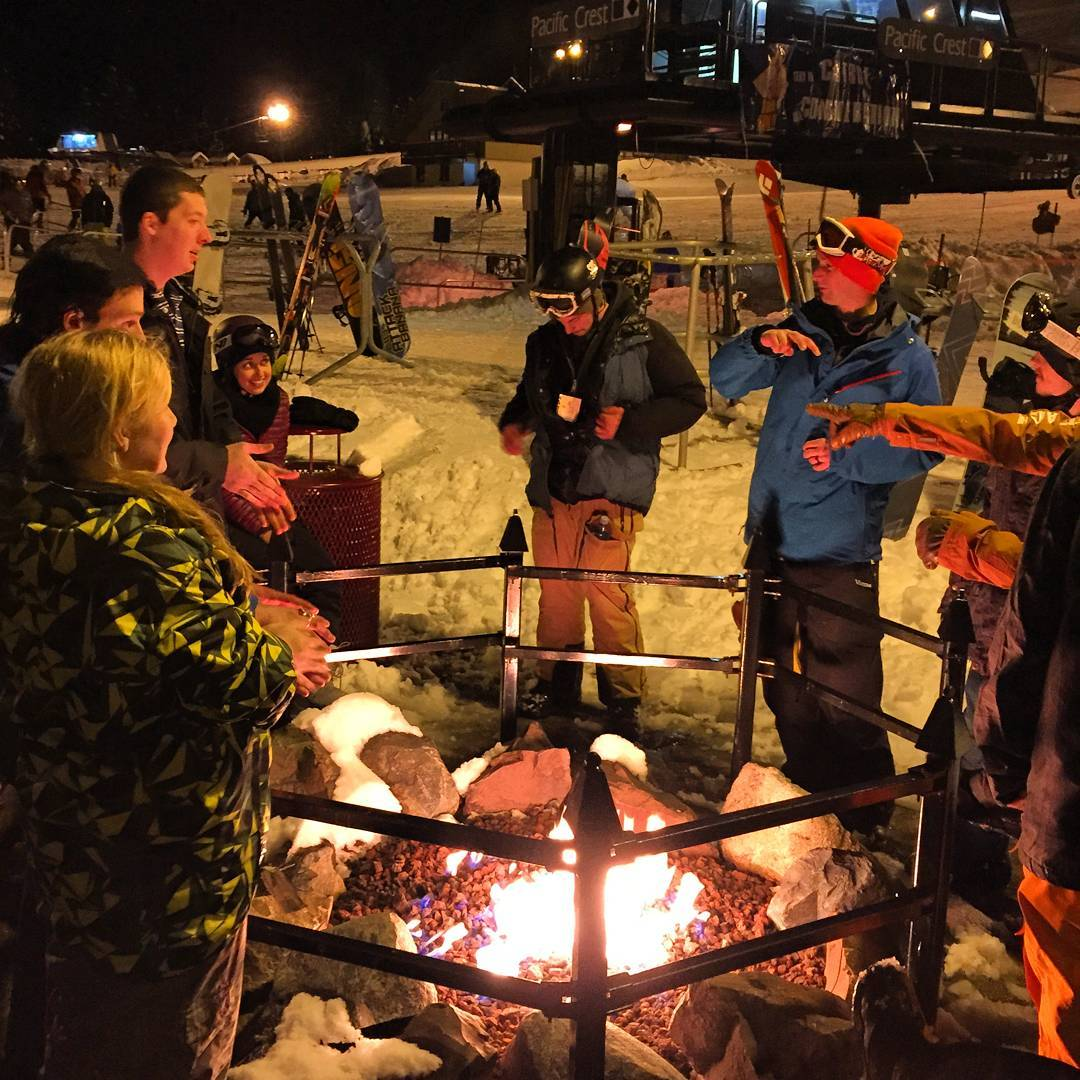 Circle of #love @summitatsnoqualmie style! Looking forward to our last 3 learn to ride days at #Summit this week. Thanks to Snoqualmie for supporting our youth this season and to #elnino for the #pow !