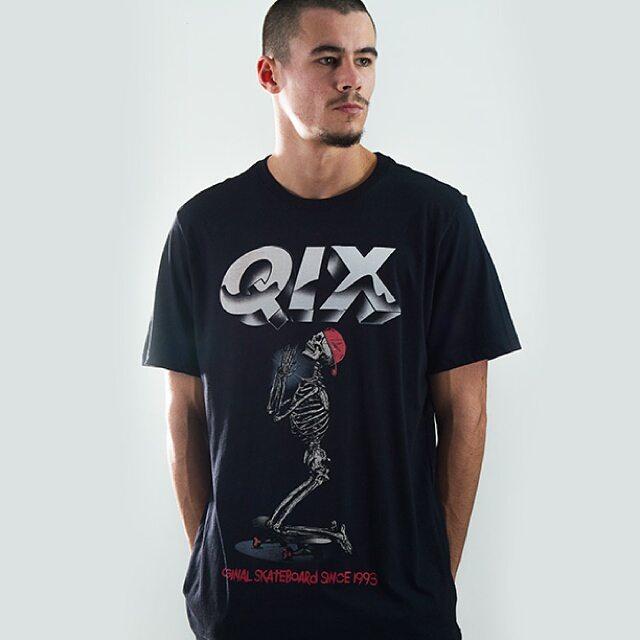 Camiseta Qix Rock Art Disponível em lojas de todo o Brasil #qix #rock #rockart