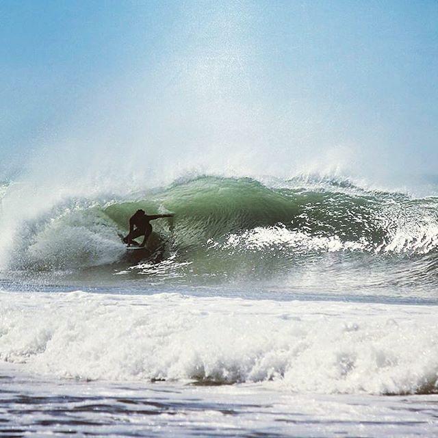 @nahuelrull  con un tubito dominando el agua!! #reefteam #justpassingthrough
