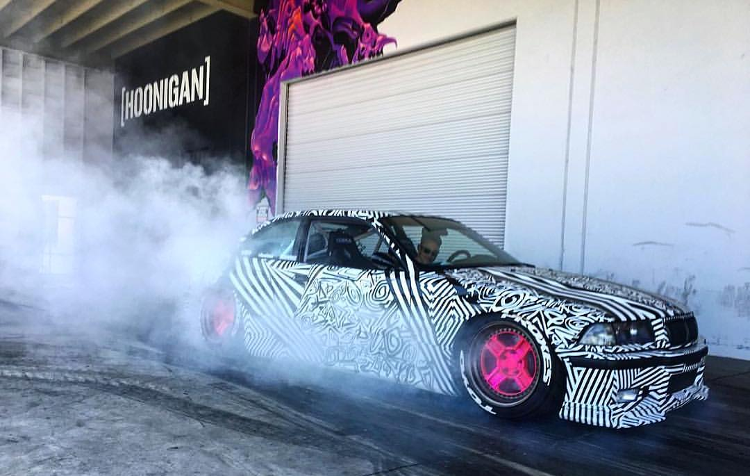 Earlier today @hawaiianeze stopped by and, like all of our visitors with rad cars, we made him do a burnout. Double tap if you want to see a video. #makingstancedance #DonutGarage