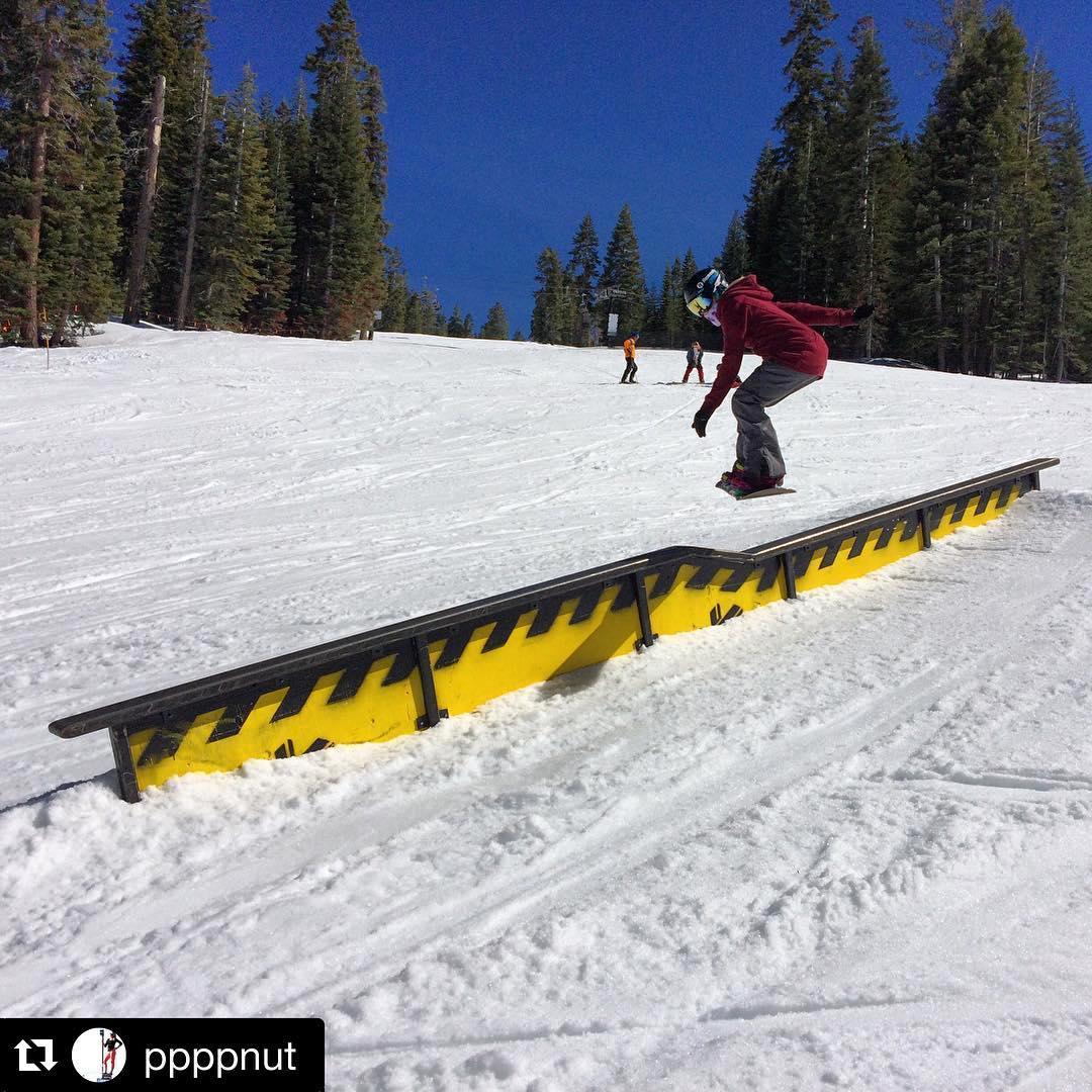#Repost @ppppnut @northstarparks #disaster #lipslide #tahoe #springshred #jibbing #california #thrivesnowboards