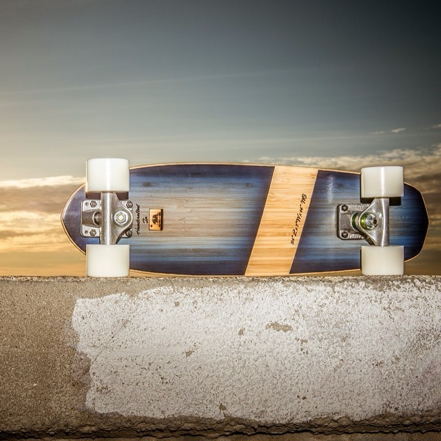 "Here is a Roots Mini 24""'in our Midnight Blue band design. Outstanding carving ability in the most portable way possible!www.naturallogskate.com  Photo: Iain Stratton  #naturallogskateboards #handmade #bamboo #skateboards from #california #noplastic"