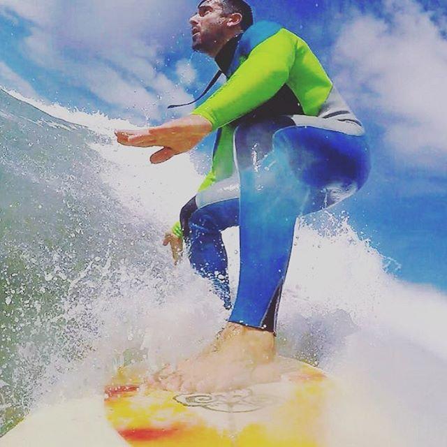 Este #kiteboy, y wilder agarró su tabla, como muchos este fin de semana, y se inspiró en el Rip Curl Pro Surf del fin de semana largo para ir desde Córdoba a las olas! #lifeiswow  #livewildonwater #livingwow #WildOnWater #surf