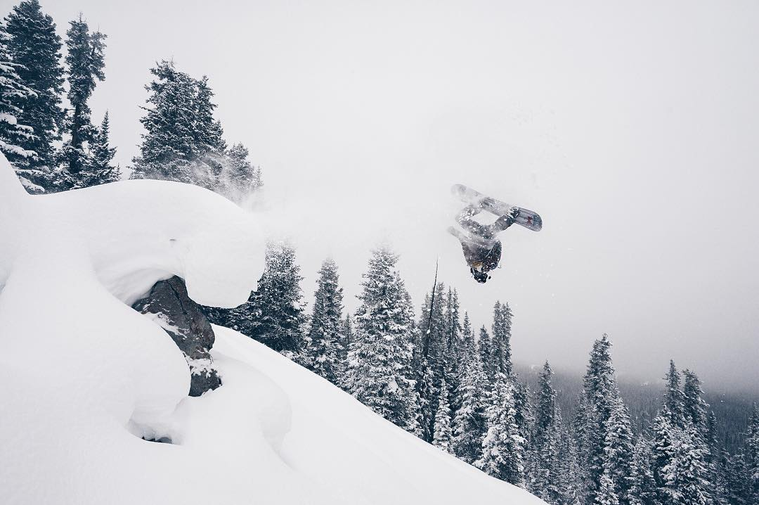 Everyone's all flippin out over the new IG changes tomorrow...all the while MHM sponsored shredder @instasteney is just flippin. #MHMgear #PacksElevated #backcountryshred #snowboarder