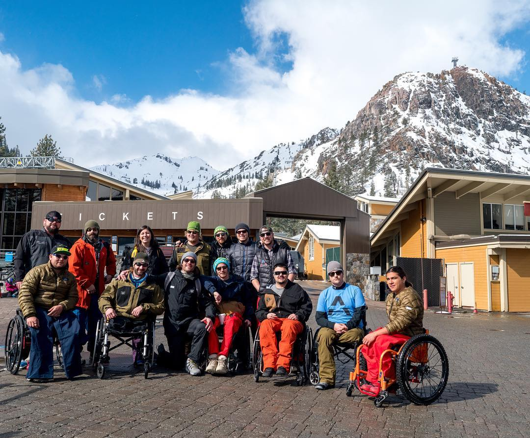 They've made it to @squawalpine!! After 8 rigorous weeks in dryland training @adaptivetrainingfoundation #militarytothemountains program is here in Tahoe for a week of skiing with High Fives x #AchieveTahoe!