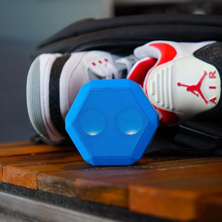 Pacific Blue and Fire Red. #Boombotix  #sneakerxspeaker #audiophile #essential #design #portablespeaker