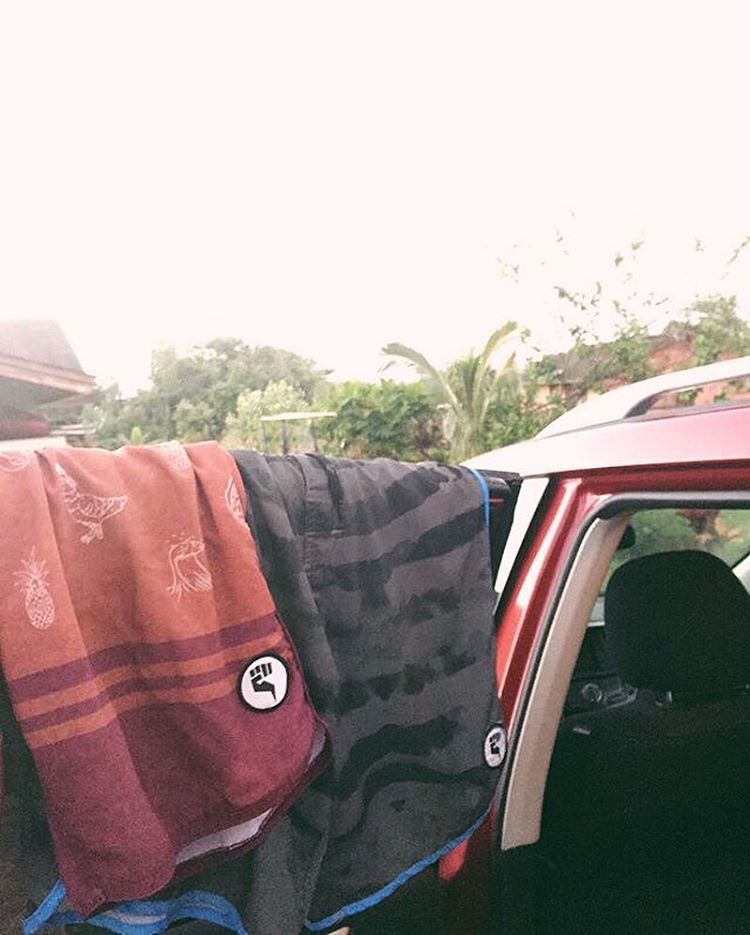 Let them dry so you can be just as comfortable tomorrow | Photo: Team Rider @nelsonahina_3rd #inspiredboardshorts