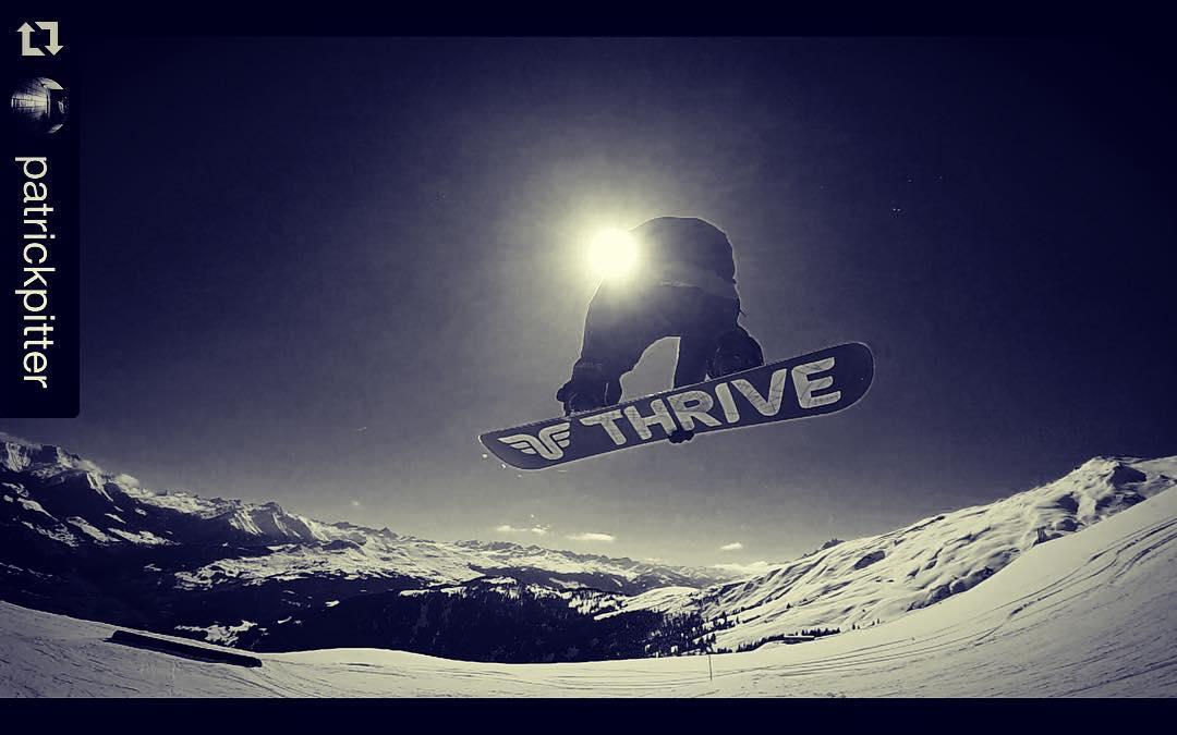 #Repost @patrickpitter #snowboarding @snowparklaax #laaxisniceyo
