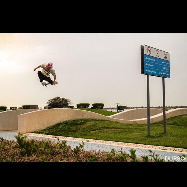 @nickpalmquist with a tucknee out in Dubai.