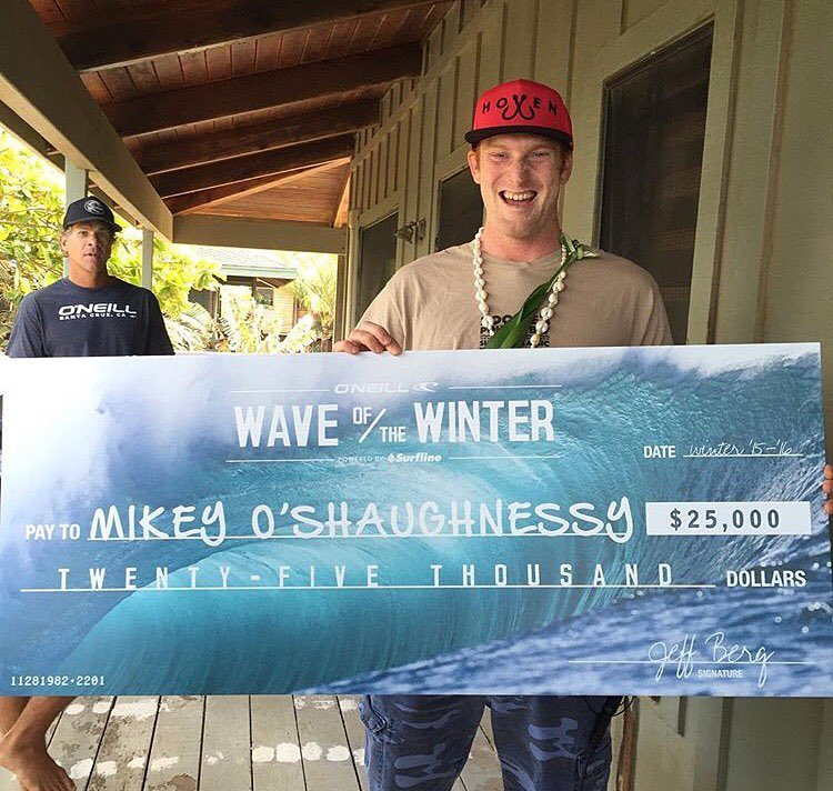 Winner winner chicken spready dinner!!   Team rider @_mikey_redd just won the @surfline Wave of the Winter!! Congrats buddy don't buy too many spam musubi!  #hovenvision #hovenohana #alwayssunblockingneverfunblocking #surfline #offthewall