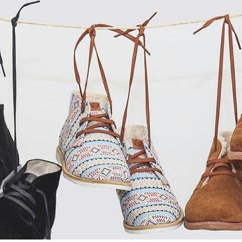 Furor por nuestras #walkerboots #perkyshoesar #folk #hippie #indierock #gypsy #shoes #winter