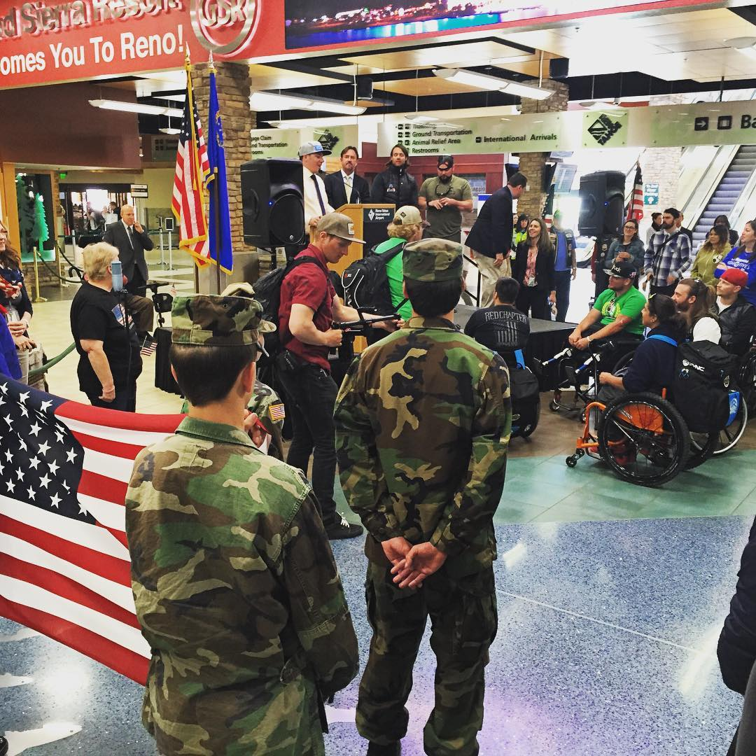 Great send off of the #militarytothemountains program @renoairport! Thank you for your service and High Five for an epic week skiing @squawalpine #veterans!