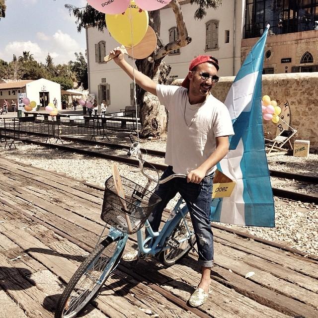 Pisando fuerte en #israel. Paez loves #TelAviv #OneIsNotEnough
